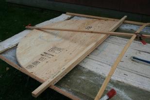 King plank (central deck framing member) lands on the harpin.