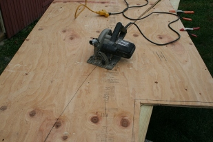 The curves are broad enough to be cut with a circular saw - do both sides at once.