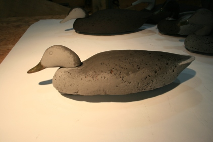 The Hen is primed with the Black Duck Body lightened with White.